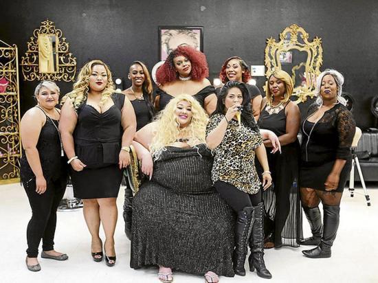 Abre un salón de belleza para mujeres de tallas grandes