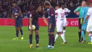 El choque de egos entre Neymar y Cavani desata polémica en el PSG