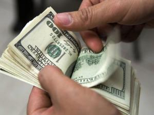 Ecuador prevé ahorro de 500 millones de dólares anuales por plan austeridad