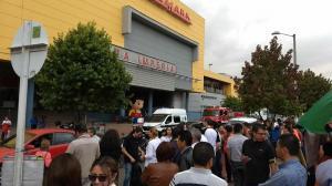 Sujeto que dice portar explosivos obliga a evacuar centro comercial en Bogotá