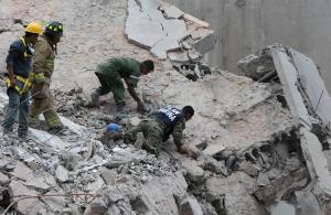 Ascienden a 224 los muertos tras el terremoto de México