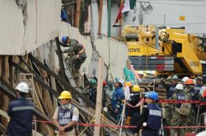 Cifra de fallecidos sube a 253 y hay más de un centenar de desaparecidos