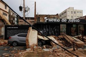 Aprueban declaración de 'desastre' para Puerto Rico por impacto del huracán María