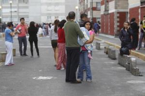 Nuevo sismo de 6,1 grados sacude a México y obliga a suspender labores de rescate