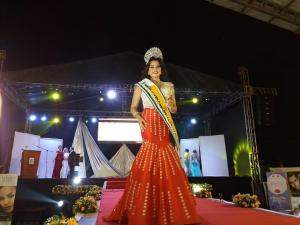Kerlita Cedeño es la nueva Reina del cantón Tosagua