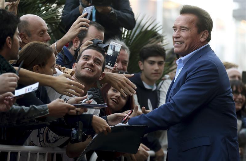 Schwarzenegger: 'Si Trump fuera listo copiaría lo que hicimos en California'