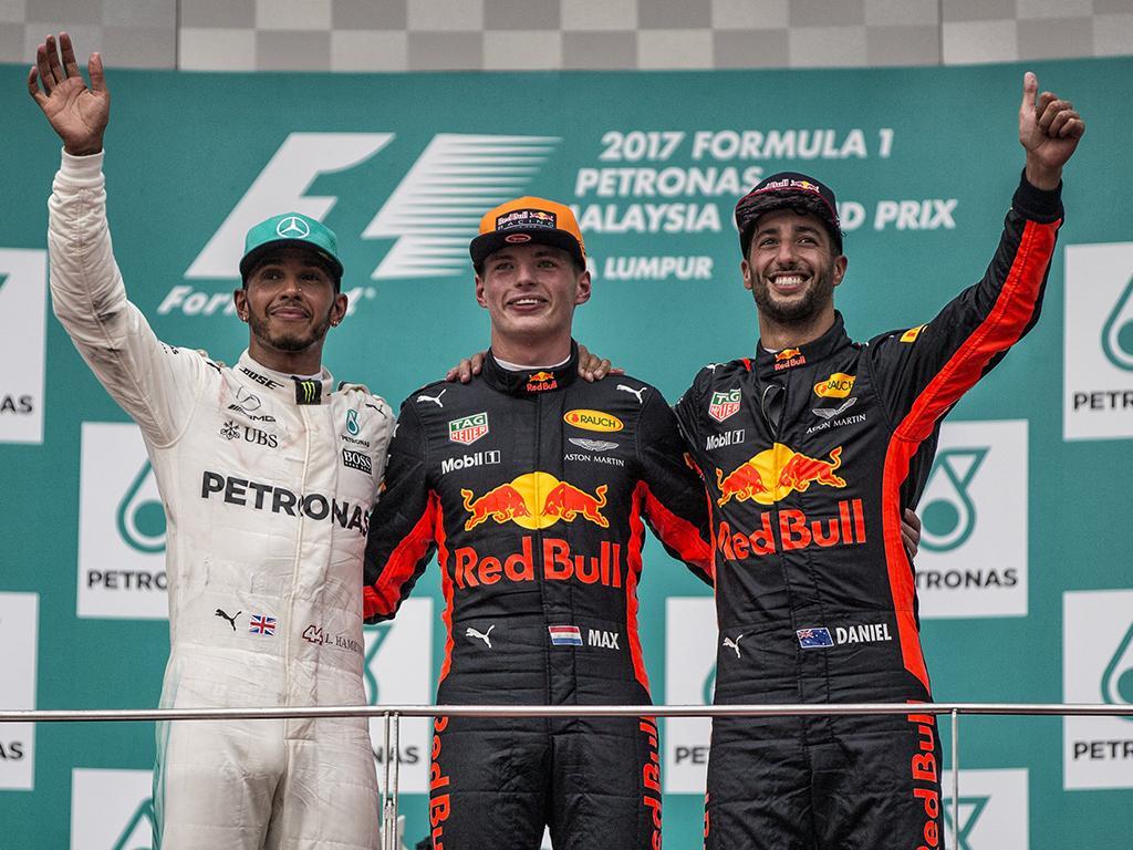 El joven  Verstappen  ganó el gran premio de Malasia