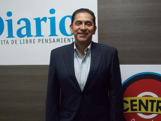 """Lucio Gutiérrez: """"Se debe reducir el  tamaño del estado"""""""