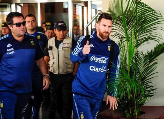 La Selección de Argentina viaja a Quito tras 'alborotar' Guayaquil