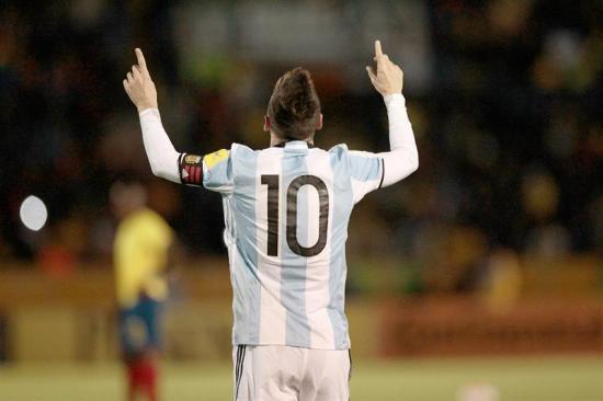Messi es el hombre del maletín, pero de goles