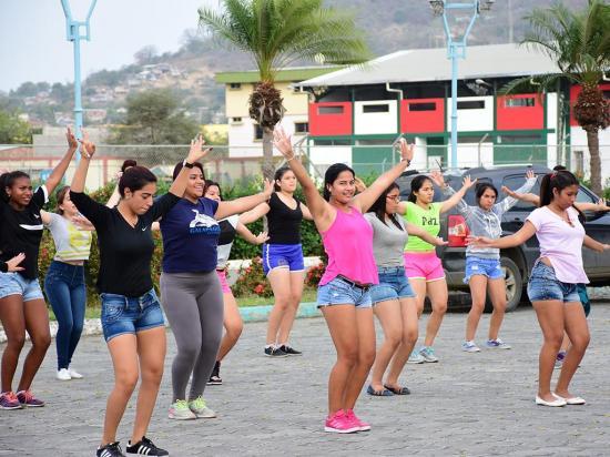 El desfile cívico de Portoviejo recorrerá 1,6 kilómetros