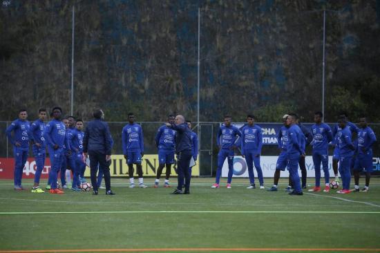 5 jugadores de la Selección de Ecuador son suspendidos 'por tiempo indefinido'