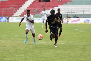 Liga de Portoviejo venció por 2-1 a Liga de Loja en el Reales Tamarindos