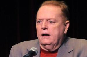 El 'rey del porno' ofrece $10 millones por información para destituir a Trump