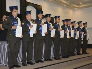 Nuevos policías de línea