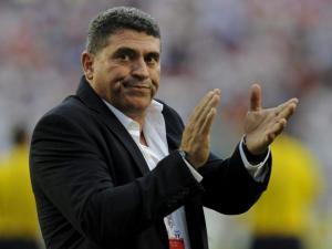 Arresto de expresidente de la FEF incidió en eliminación de Ecuador, dice Luis Fernando Suárez