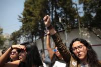México rinde homenaje a víctimas del sismo y reconoce trabajo de voluntarios