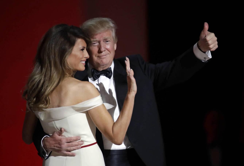Melania Trump donará el vestido del primer baile presidencial