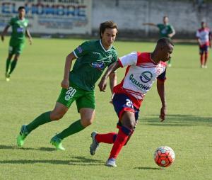 Liga de Portoviejo vence 2-0 a Colón en el Reales Tamarindos