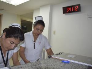 Entre pacientes y agujas