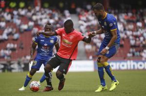 Liga de Quito golea 5-2 al Delfín en el estadio Rodrigo Paz