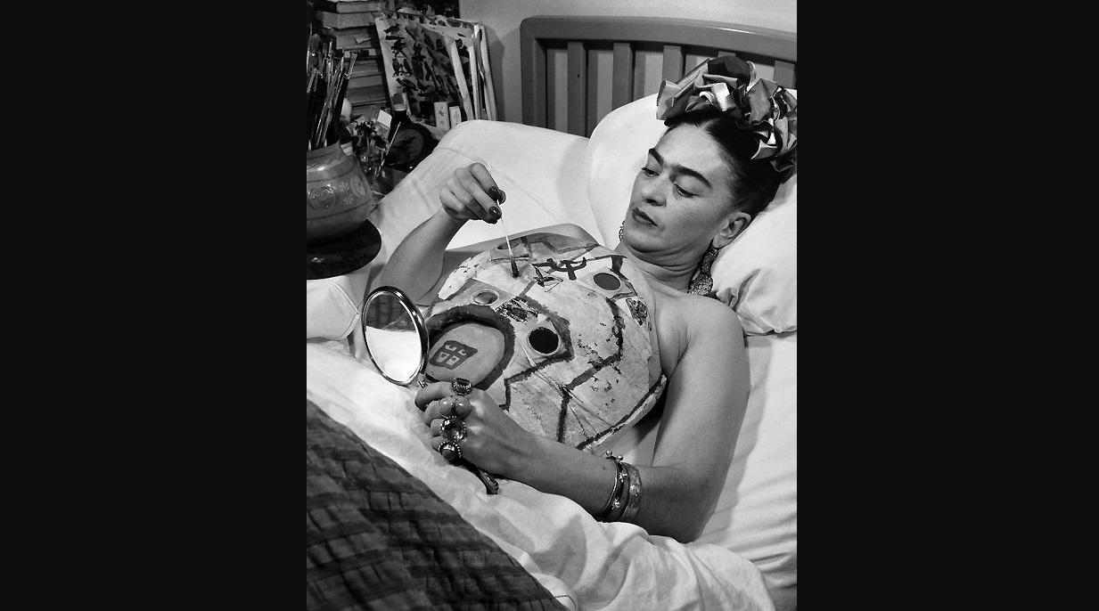 foto de frida kahlo ser subastada para ayudar a fot grafo afectado por sismo el diario ecuador. Black Bedroom Furniture Sets. Home Design Ideas
