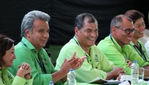 Cese de Moreno al frente de AP agrava crisis y apunta al regreso de Correa