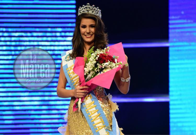 Lucía Villavicencio se llevó la corona de Reina de Manta 2017
