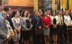 Mayoría de legisladores de Alianza PAIS respalda a Moreno tras la amenaza de fractura