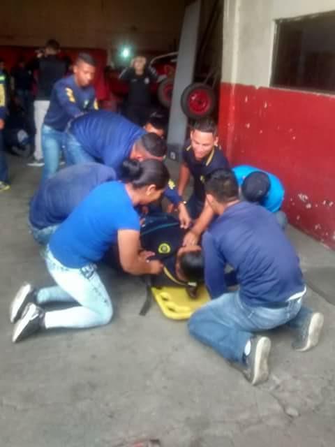 Bomberos capacitan a Policías del cabildo