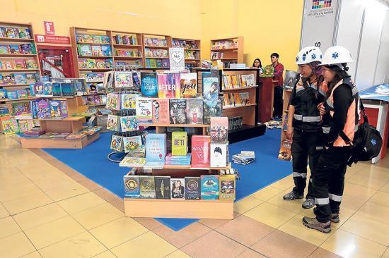 Feria Internacional del Libro abre sus puertas