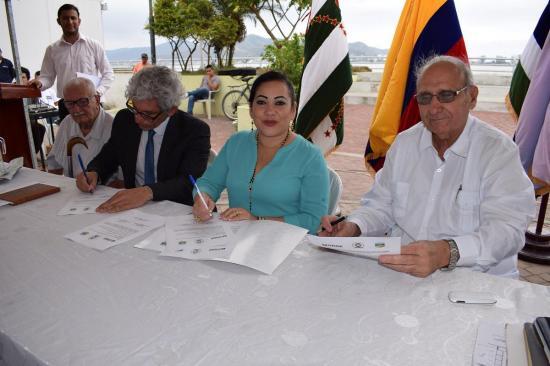 En San Vicente la UNAE abre un centro de apoyo