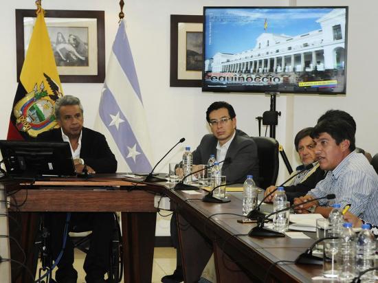 Ratifican a Moreno como el líder de AP