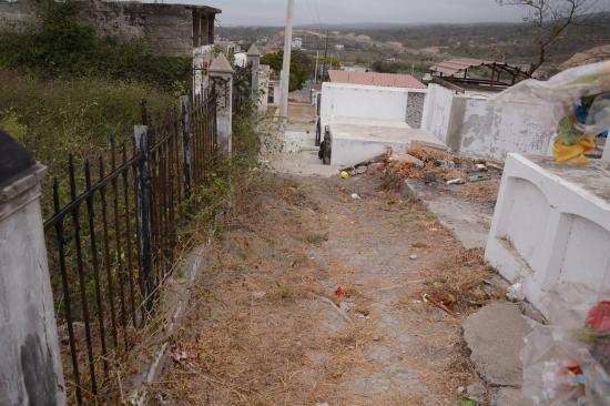 Rediseño del cementerio de Montecristi inicia en diciembre