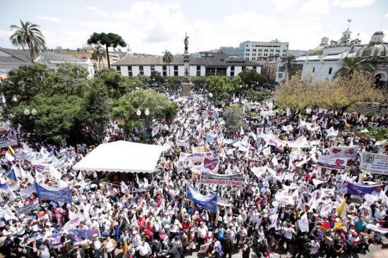 Organización 'Democracia Sí' apoya consulta de Moreno en Corte Constitucional
