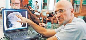 Doctor chino que hará el primer trasplante de cabeza rechaza dilemas éticos