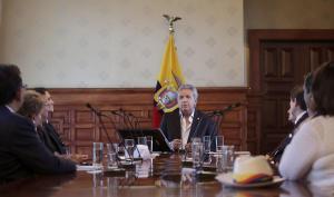 El presidente Moreno decreta rebajas tributarias para dinamizar economía