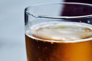 Cerveza sin alcohol, benéfica para la salud digestiva y niveles de glucosa