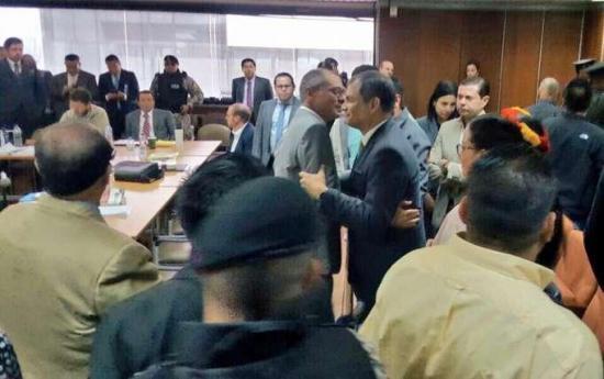 Expresidente Correa se encontró con Jorge Glas previo a audiencia