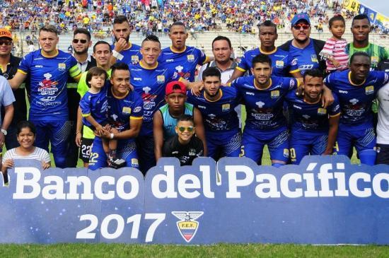 Delfín cae 2-0 ante Universidad Católica en Quito