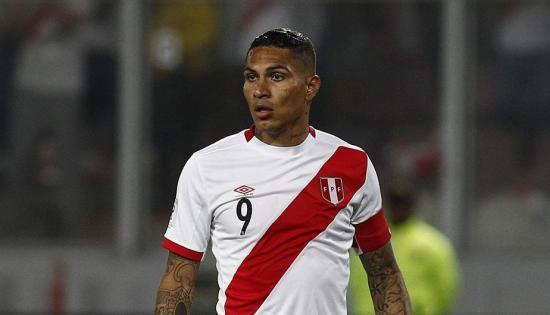FIFA suspendió a Guerrero 20 días más, dice presidente de federación peruana