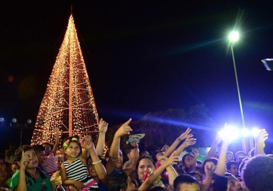 Este viernes se enciende el árbol navideño de Ediasa