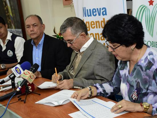 Firman un convenio para regeneración ambiental