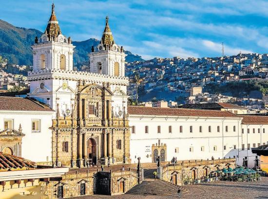 Quito, la 'Carita de Dios', celebra 483 años de Fundación