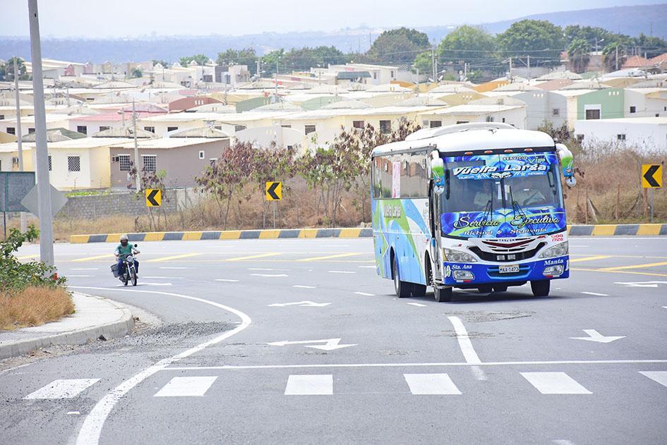 Cooperativa de buses logran acuerdos