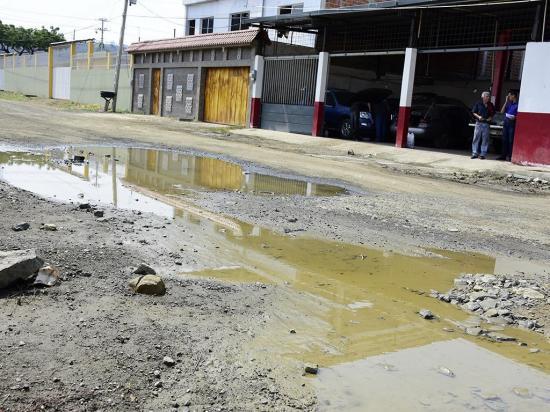 Los estragos que dejan las lluvias se empiezan a notar en Portoviejo