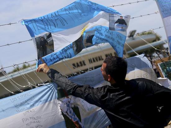 Macri y la marina pidieron paciencia