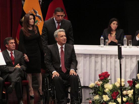 Moreno pide votos en Quito