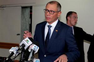 Jorge Glas dice que no renunciará a la vicepresidencia aunque sea condenado