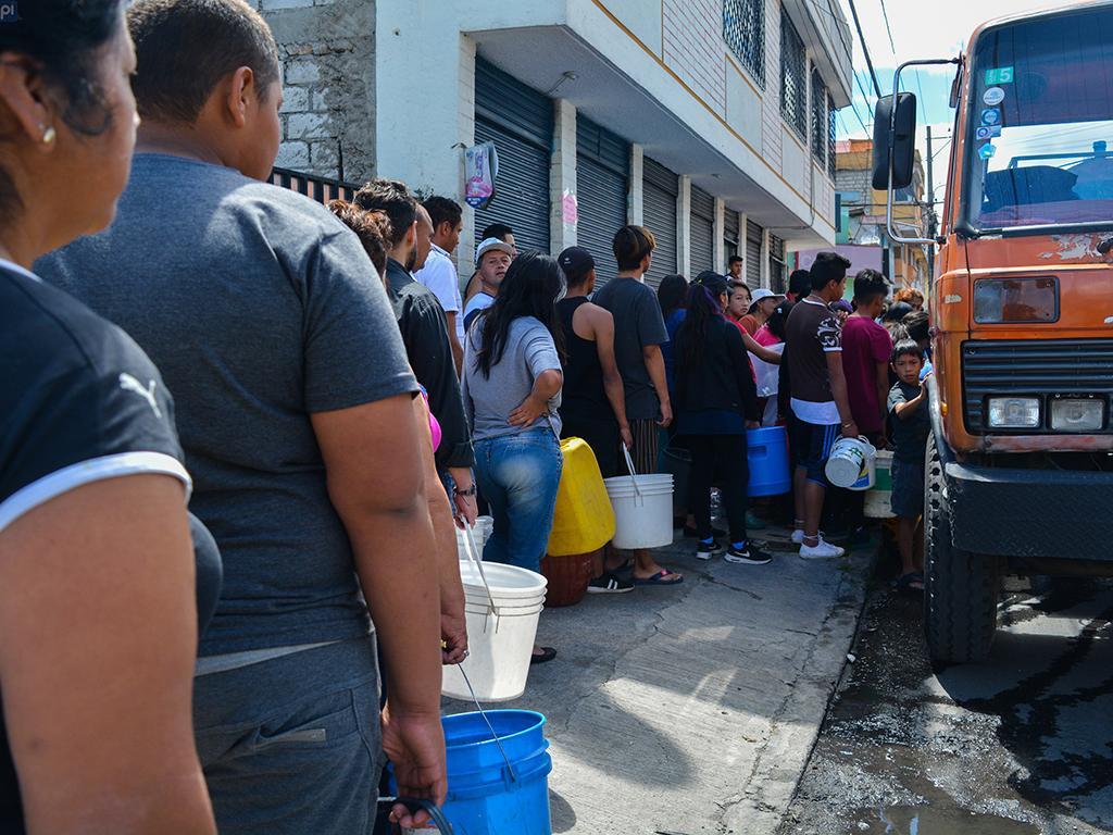 Agua potable se restableci anoche el diario ecuador for Agua potable quito